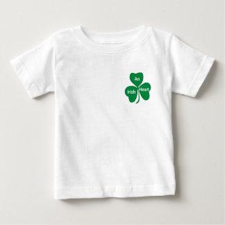Camiseta Para Bebê um coração irlandês