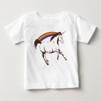 Camiseta Para Bebê Unicórnio com arco-íris