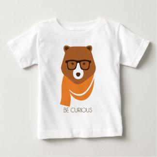 Camiseta Para Bebê Urso curioso