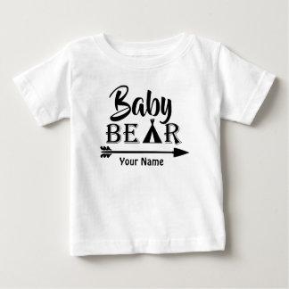 Camiseta Para Bebê Urso da seta do big brother personalizado