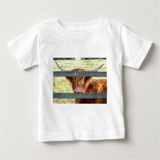 Camiseta Para Bebê Vaca das montanhas
