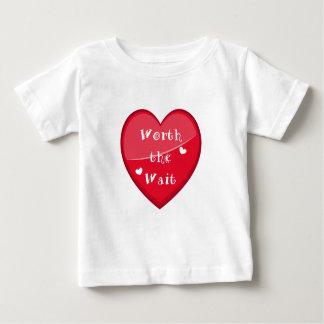 Camiseta Para Bebê Valor a espera - adopção - bebê novo