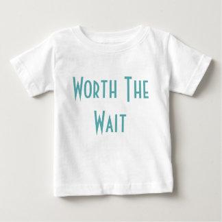 Camiseta Para Bebê Valor a espera - adopção - moderna - bebê novo