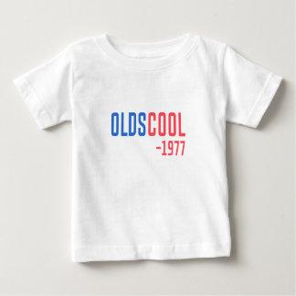 Camiseta Para Bebê velha escola