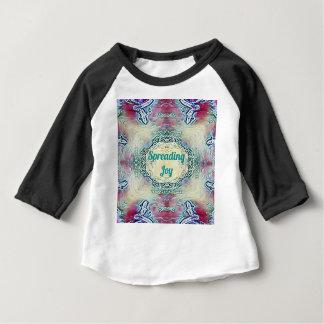 Camiseta Para Bebê Verde chique 'Joy de espalhamento da época