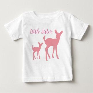 Camiseta Para Bebê Veste da irmã mais nova