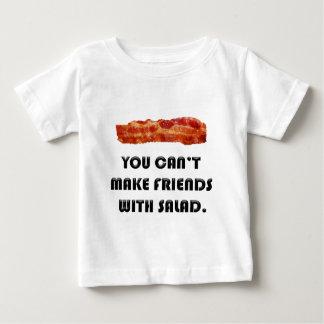 Camiseta Para Bebê Você não pode fazer amigos com salada