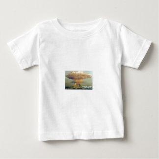 Camiseta Para Bebê Vulcão distante