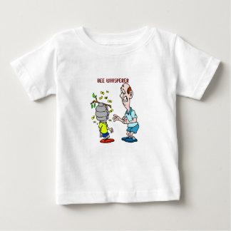 Camiseta Para Bebê Zangão do Whisperer da abelha dos amantes das