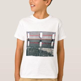 Camiseta Pára-choques do barco que penduram no conselho