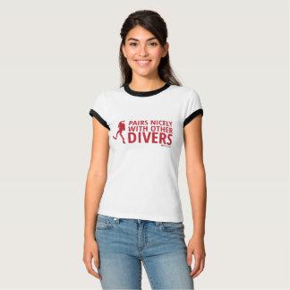 Camiseta Pares agradàvel com outros mergulhadores