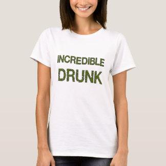 Camiseta Paródia engraçada bêbeda incrível na história em