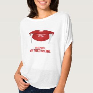 Camiseta Parte superior branca da colheita do vampiro das