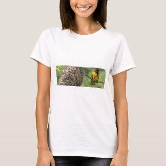 Camiseta Pássaro africano e seu ninho da grama