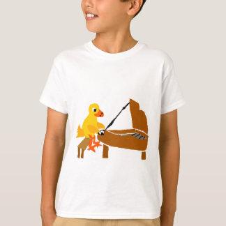 Camiseta Pato engraçado que joga a arte do piano