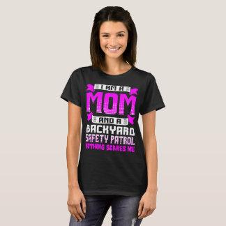 Camiseta Patrulha da segurança do quintal da mamã nada