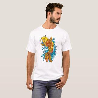 Camiseta Peixe dourado colorido Koi