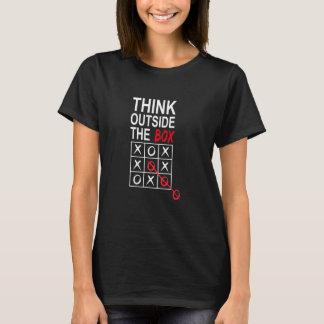 Camiseta Pense fora do t-shirt gráfico engraçado da caixa
