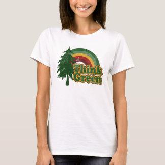 Camiseta Pense verde, arco-íris retro e árvore