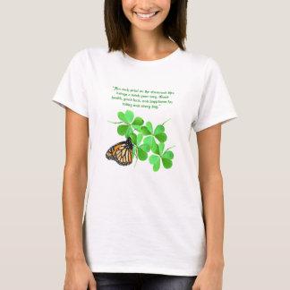 Camiseta Pétalas no t-shirt do trevo