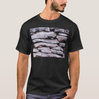 Camiseta pilha da rocha formada