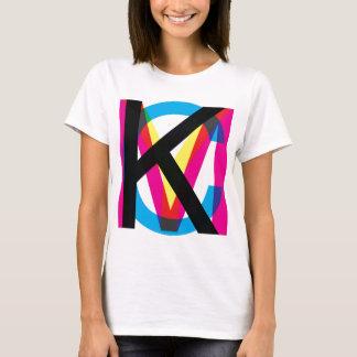 Camiseta Pilha de CMYK
