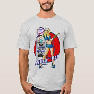 Camiseta Pin acima do assistente da bomba de gás