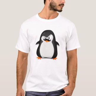 Camiseta Pinguim branco preto bonito e bigode engraçado