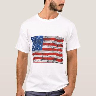 Camiseta Pintura vestida rachada patriótica da bandeira