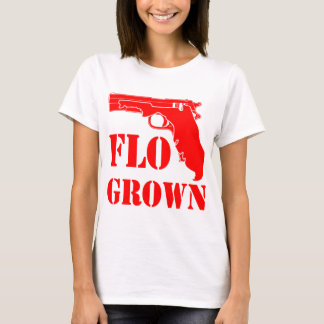 Camiseta Pistola crescida Flo FB.com/USAPatriotGraphics