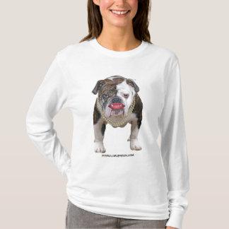 Camiseta Pitbull com batom e pérolas