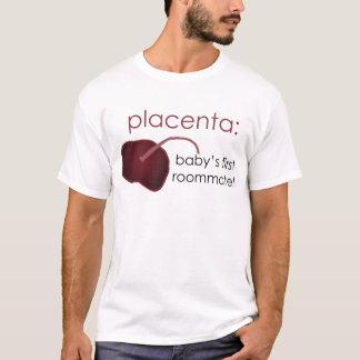 Camiseta placenta, o primeiro companheiro de quarto do bebê