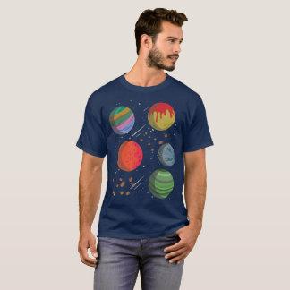Camiseta Planetas coloridos no espaço