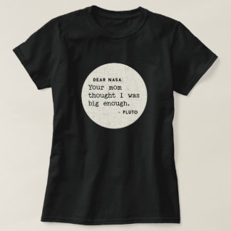 Camiseta Pluto era grande bastante para seu mama.