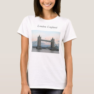 Camiseta Ponte de Londres no t-shirt das senhoras