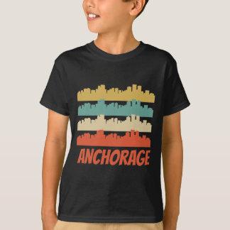 Camiseta Pop art retro da skyline de Anchorage AK
