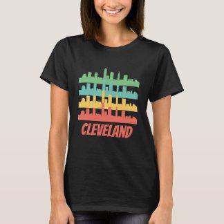 Camiseta Pop art retro da skyline de Cleveland OH