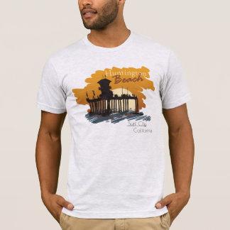 Camiseta Por do sol do cais de Huntington Beach - T da