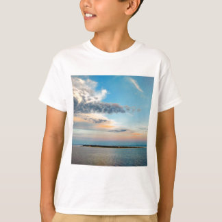 Camiseta Por do sol sobre a ilha
