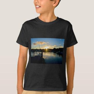 Camiseta Por do sol sobre Cape Cod