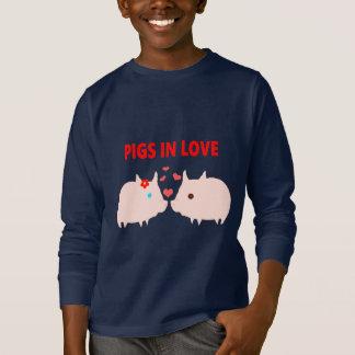 Camiseta porcos no amor