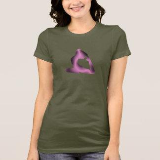 Camiseta Pose cor-de-rosa da ioga do fulgor