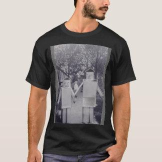 Camiseta pose do robô