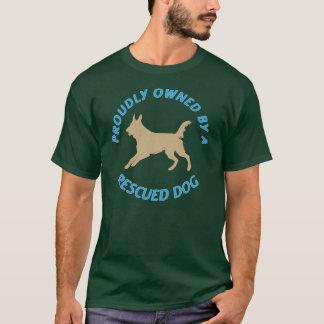 Camiseta Possuído orgulhosa por um cão 37 do salvamento