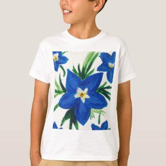 Camiseta pouca coleção azul da flor