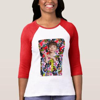 Camiseta Preto órfão | Alison - teste padrão floral