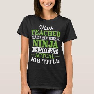 Camiseta Professor de matemática Ninja a multitarefas não