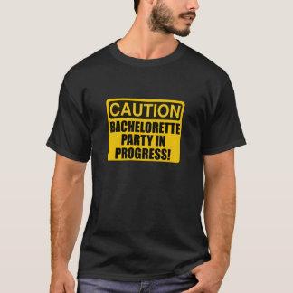 Camiseta Progresso da festa de solteira do cuidado