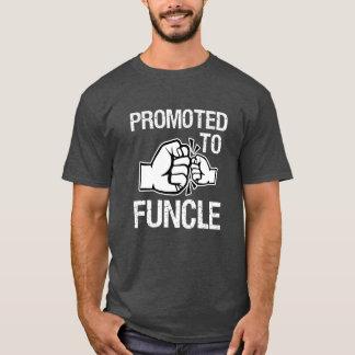 Camiseta Promovido aos homens engraçados de Funcle o tio