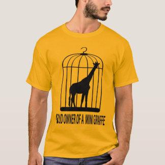 Camiseta Proprietário orgulhoso de um mini girafa